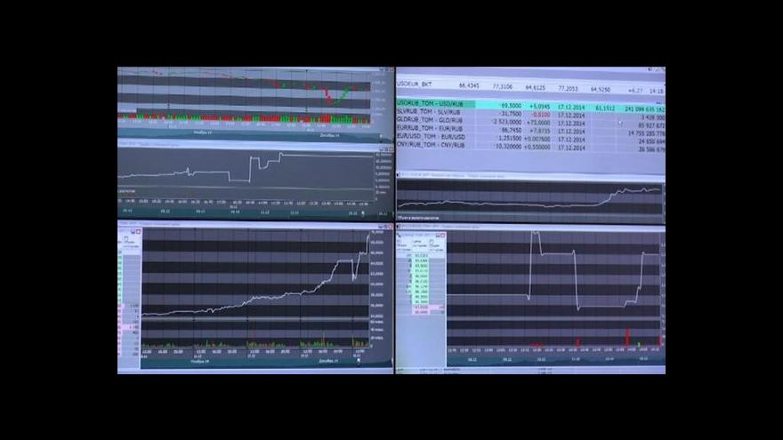 Video Horizont ČT24: Pád rublu může ohrozit vládu, Putina spíše ne