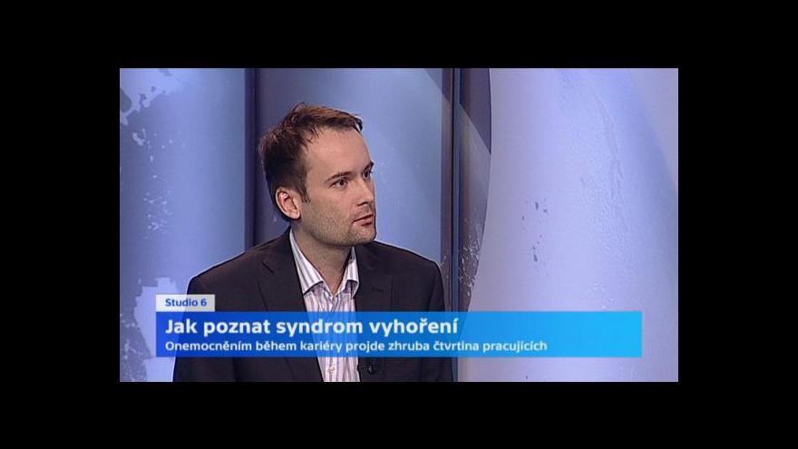 Video Psycholog: Syndrom vyhoření podněcuje i neustálý tlak na rychlost