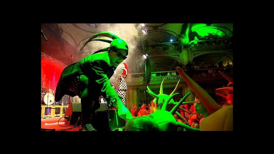 Video Kašpárek v rohlíku vydal čtvrté album