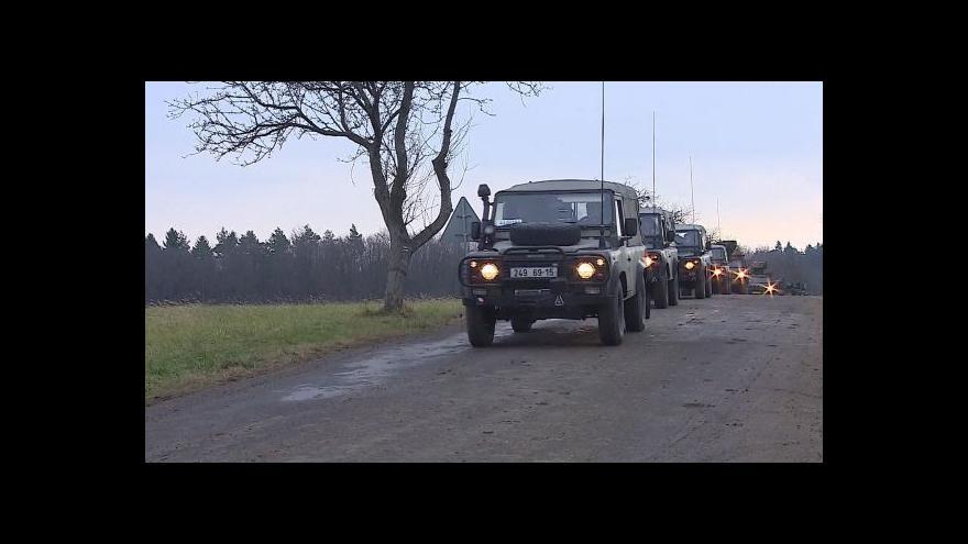 Video Bez komentáře: Do Vrbětic přijely vojenské posily