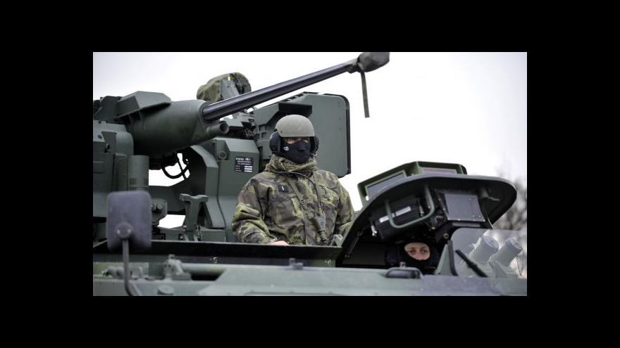 Video Brífink k vojenským posilám ve Vrběticích