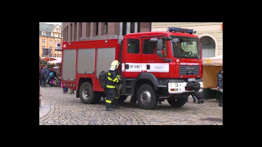 Video Předvánoční liberecké náměstí uzavřel únik plynu