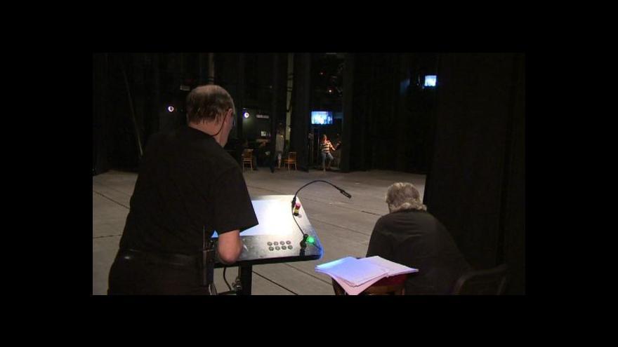 Video Technické problémy v Plzeňském divadle