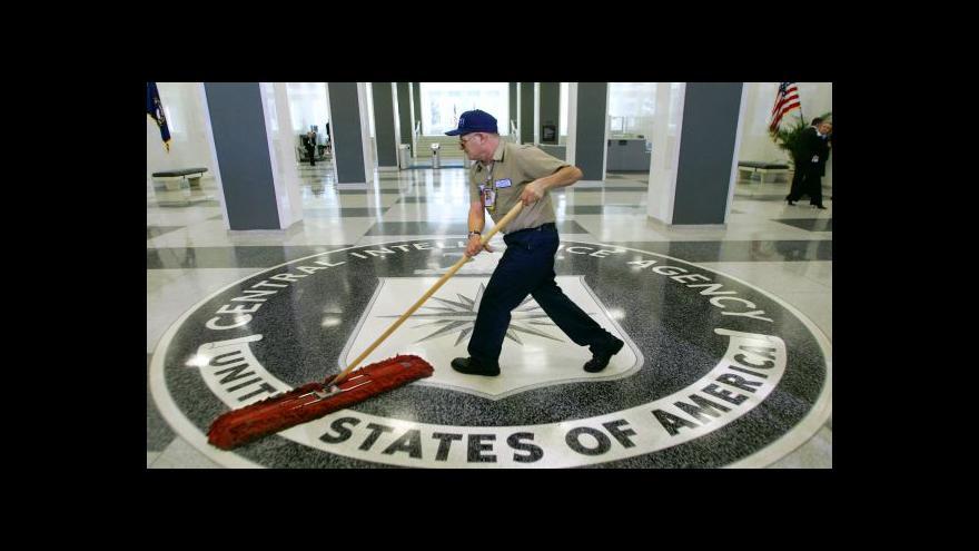 Video Šéf CIA obhajoval postupy vyšetřovatelů