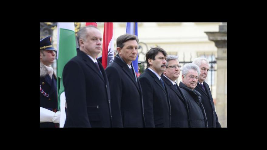 Video Události: Schůzka šesti evropských prezidentů v Praze