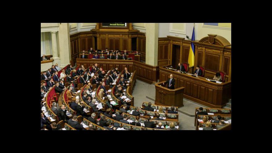 Video Ukrajina se dotýká ekonomického dna