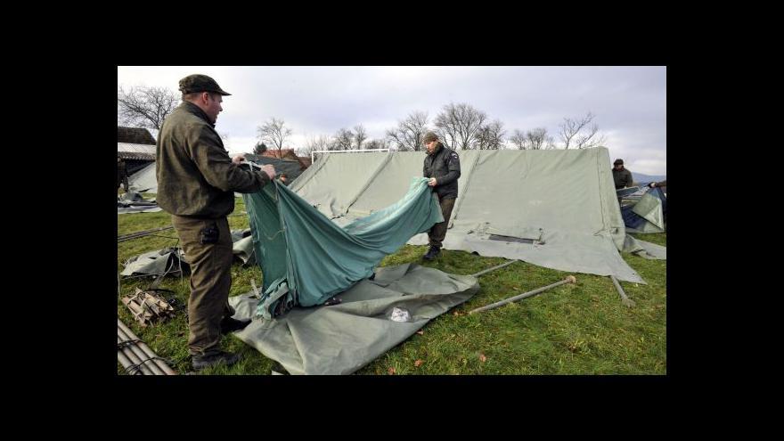 Video Události: Do Vrbětic se přesouvá armáda