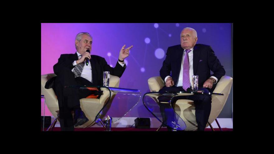 Video Debata Zeman-Klaus: Výměna názorů i ironické špičkování