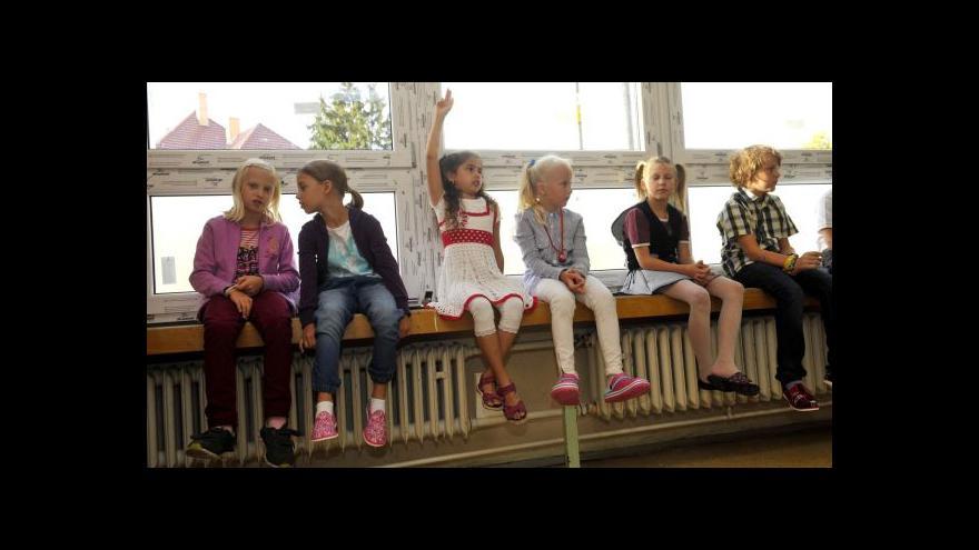 Video UDÁLOSTI: Po útoku ve Žďáru dostanou školy návod, jak se zabezpečit