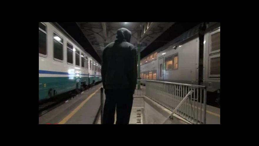 Video Běženci z Afriky se snaží dostat přes Itálii do Francie