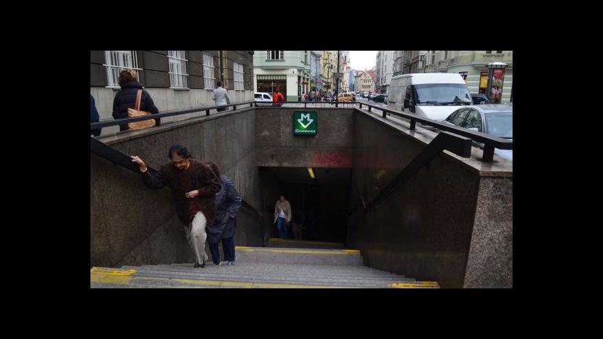 Video Stanice metra Staroměstská je opět otevřena