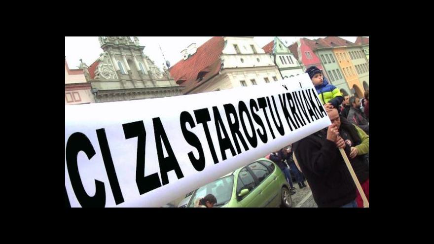 Video Žatecký starosta se spojil s levicí a vysloužil si vlnu kritiky