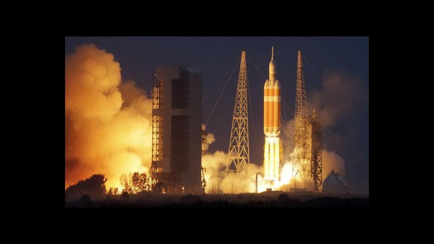 Video Vesmírná loď Orion zvládla zkušební let
