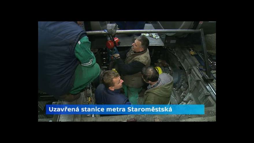 Video Servis eskalátorů zavřel stanici metra