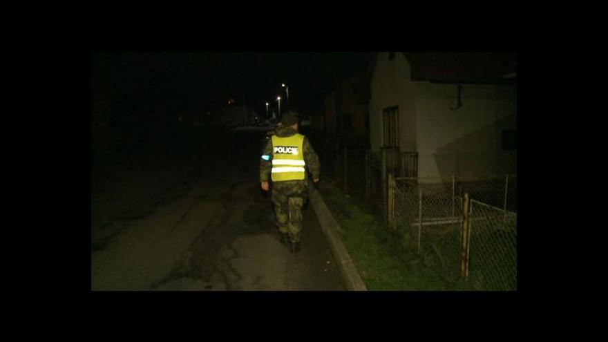 Video Evakuace nanovo, lidé u Vrbětic se do domovů vrátili na několik hodin