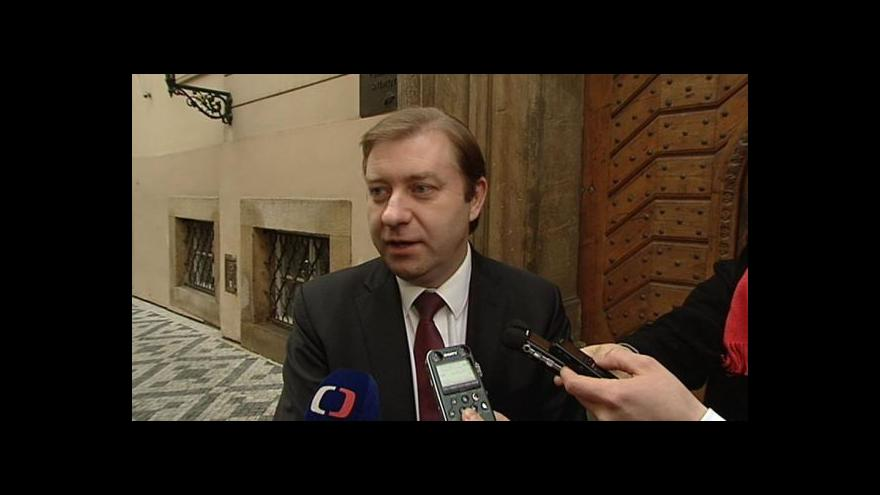 Video Předseda klubu ČSSD: Podpoříme návrh Jana Hamáčka