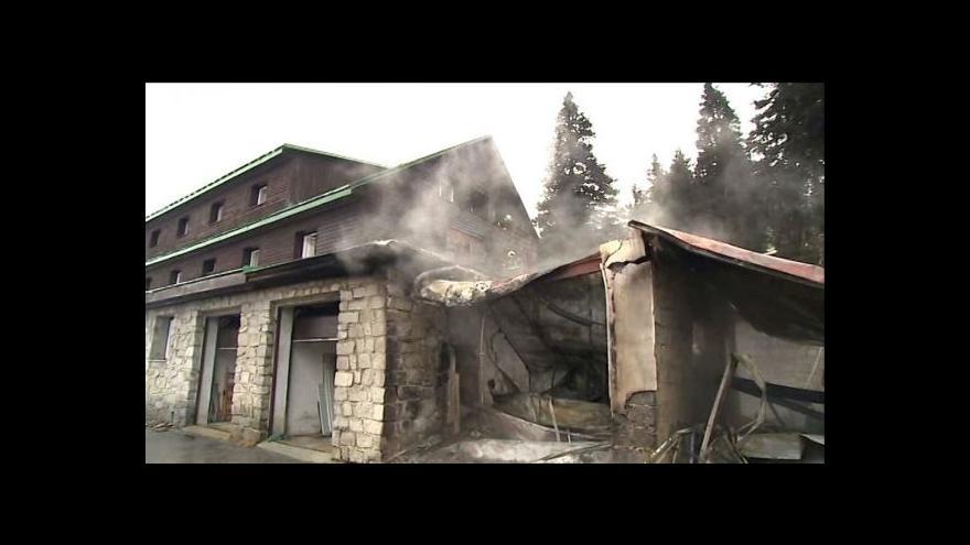 Video Požár horské chaty Barborka