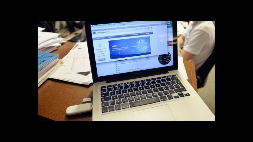 Video Počet notebooků v českých domácnostech převýšil stolní počítače
