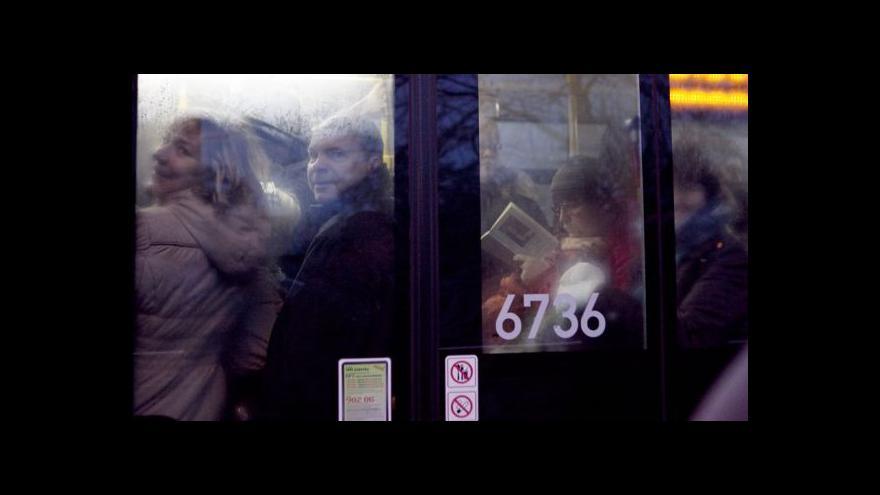Video Praha: Situace na I. P. Pavlova k ránu