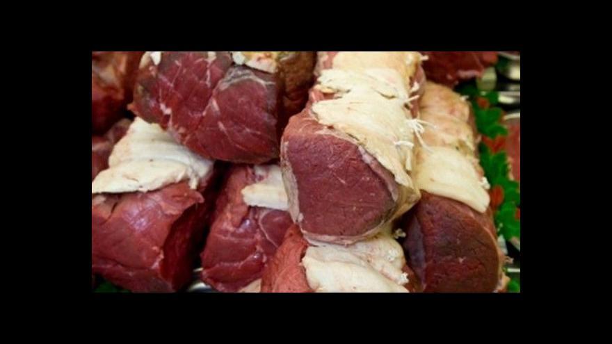 Video Události: Povinnost hlásit dovoz masa zřejmě zůstane natrvalo