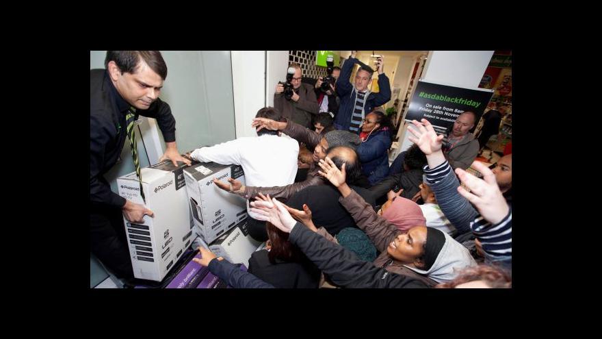 Video Ekonomika ČT24: Černý pátek jako svátek pro obchodníky