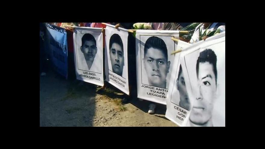 Video Mexický prezident chce po únosu studentů změnit ústavu