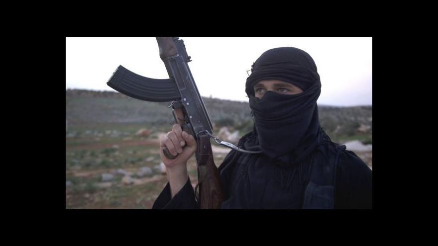 Video Výcvikový tábor islamistů má pevný řád