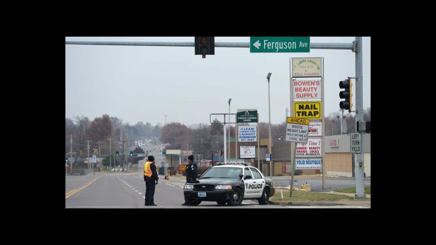 Video Zpravodaj ČT: Do Fergusonu se vrací klid