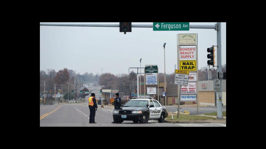 Video Události, komentáře k nepokojům ve Fergusonu