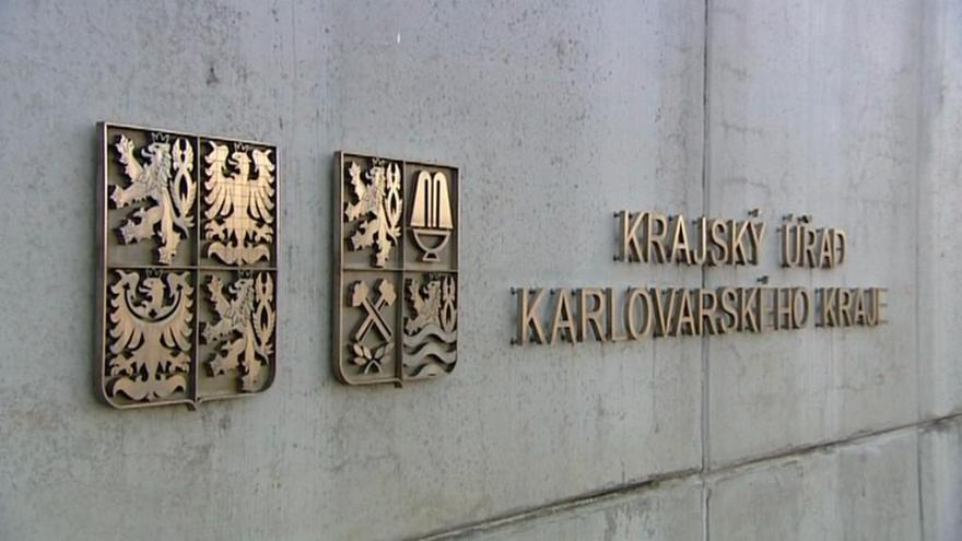 Video Karlovarský kraj trápí nízké mzdy i odchody mladých lidí