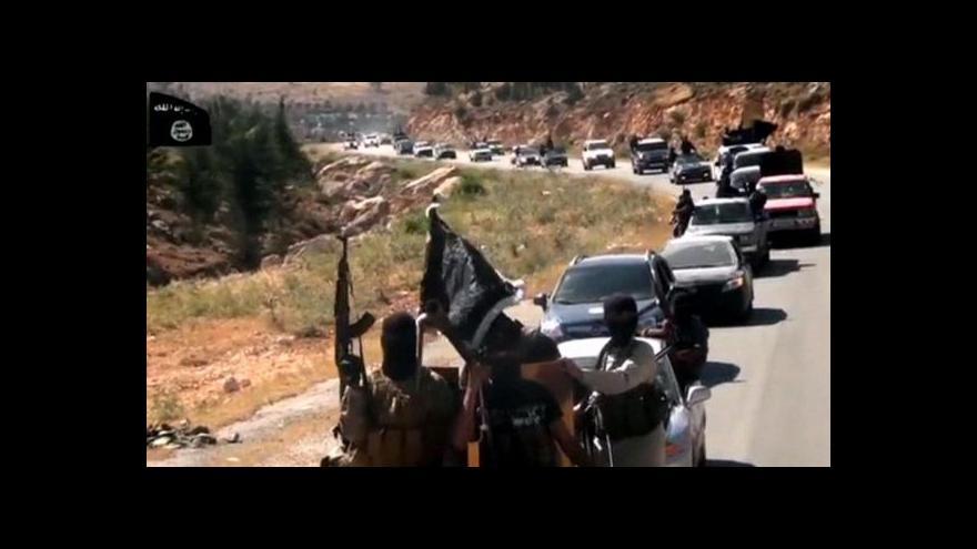 Video Na Blízký východ jelo bojovat 2000 britských radikálů