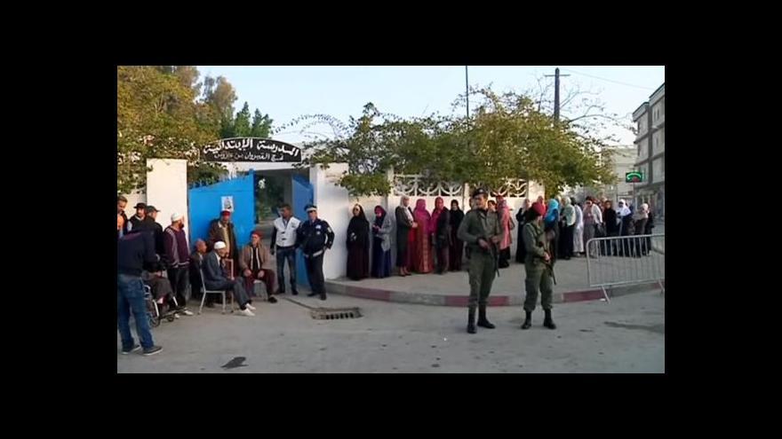 Video Tunisané poprvé volí prezidenta