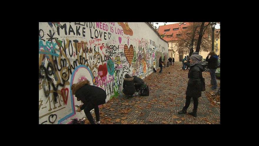 Video Lennonova zeď nemá být primárně turistická atrakce