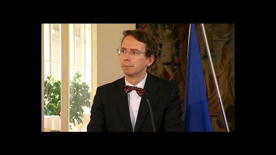 Video V Kongresu odhalili Havlovu bustu, Sobotka varoval Druláka