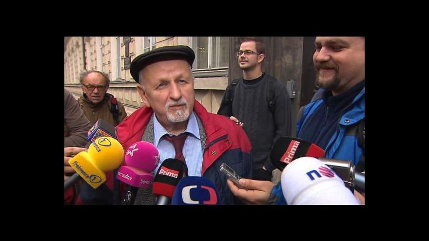 Video Eduard Bruna: Důstojníci chtějí mít možnost plné obhajoby