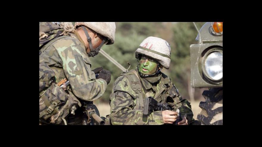 Video Zeman kritizoval armádu: Chystáte se na minulou válku