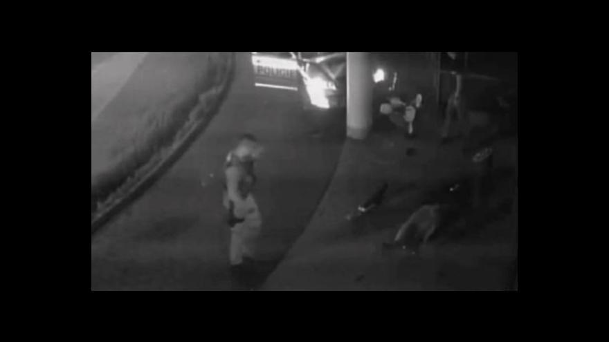 Video Události ČT 7. 9.: Brutální chování policisty