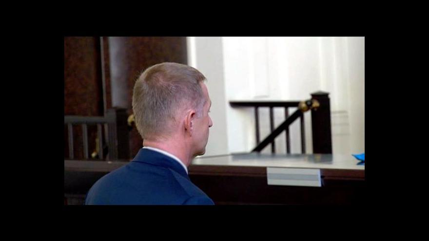 Video Reportáž: Odklad Janouškova trestu soud řešit nebude