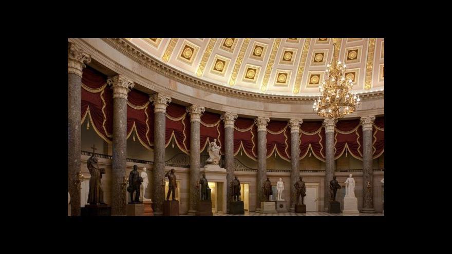 Video Studio 6: Virtuální prohlídka Kapitolu a autor busty