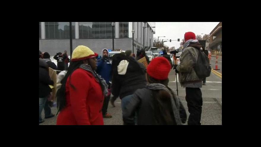 Video Ferguson očekává další nepokoje