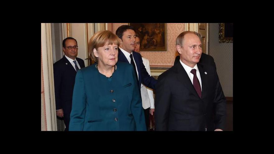 Video Merkelové na summitu G20 kvůli Putinovi praskly nervy