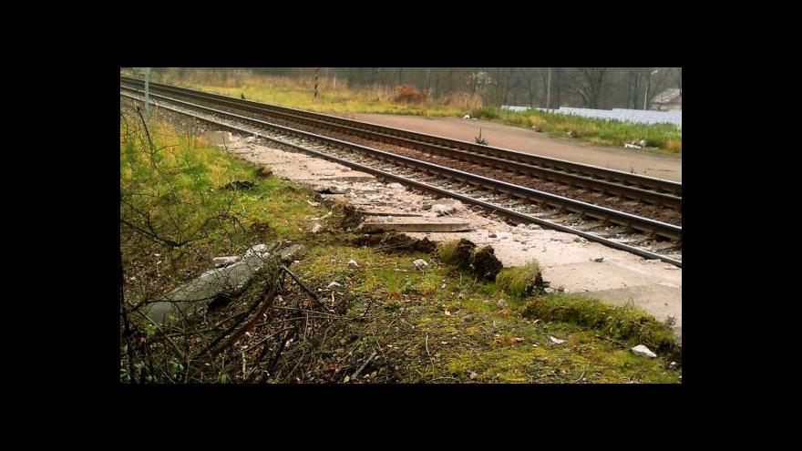 Video Martin Drápal: Vlak táhl vykolejené vagony asi 3 km