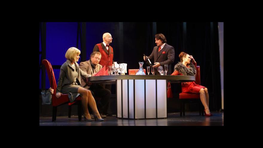 Video Ostravská činohra nastudovala nizozemský bestseller Večeře