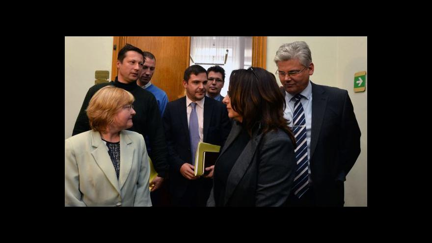 Video Koaliční smlouva v Praze podepsána