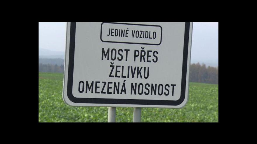 Video Obce u Želivky chtějí nový most