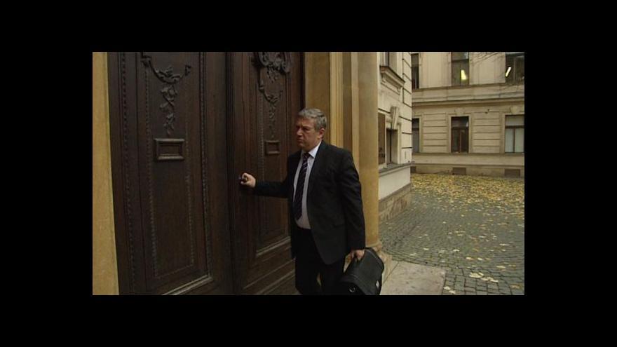 Video Prachař na ministerstvu dopravy končí