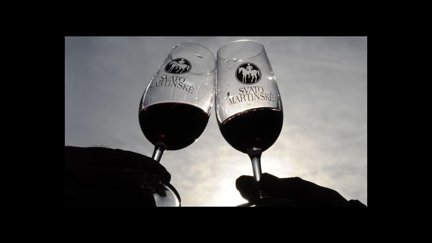 Video Pavel Večeřa: Svatomartinské víno vybízí ke společnému slavení