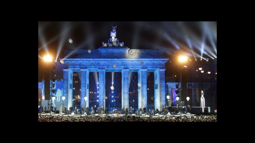 Video UDÁLOSTI: Německo si připomíná pád Berlínské zdi