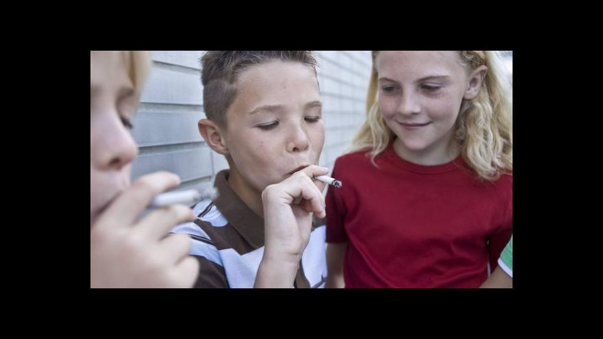 Video Události: Karlova univerzita pomáhá v boji s kouřením školáků