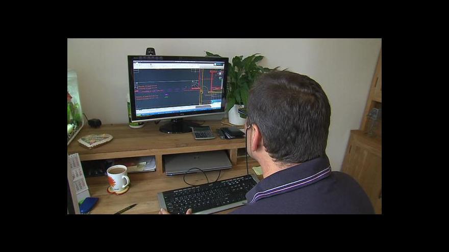 Video Ekonomika ČT24: Češi volají po práci z domova